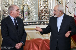 ظريف: بامكان الاتحاد الاوروبي ان يلعب دورا اكثرفاعلية في المفاوضات النووية