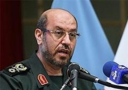 وزيرا الدفاع الايراني والتركي يؤكدان ضرورة حل مشاكل المنطقة سلميا