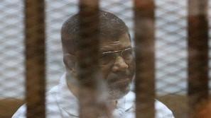 سجن مرسي 20 عاما في قضية قتل المتظاهرين بالاتحادية