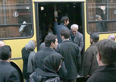 استفاده 51 درصد مردم آذربایجان غربی از حمل و نقل عمومی/کمبود 379 اتوبوس درون شهری