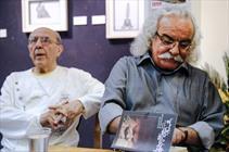 دوستان سیدعلی صالحی به نمایشگاه نقاشی این شاعر آمدند