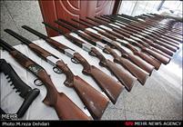 انهدام باند قاچاق سلاح در کرمانشاه/ کشف ۱۷ قبضه اسلحه شکاری
