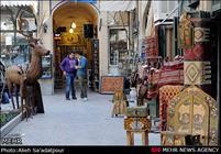 آهنکشیهای عنکبوتی سقف بازار مرکزی اصفهان پاکسازی میشود/وجود انبارهای غیرمجاز در بازار