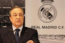 رئال مادرید در اسپانیا بازی میکند
