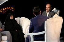 پاسخ علیخانی به انتقادات درباره حضور مهمانها در «ماه عسل»