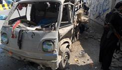کراچی کے علاقے ڈیفنس میں خالی پلاٹ میں کھڑی کار میں دھماکہ