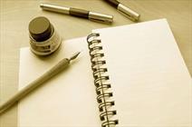 جای کاربردهای گفتاری و نوشتاری زبان را در شعر نباید تغییر داد