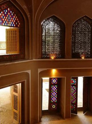 تاریخچه و معرفی طبیعت و معماری ایران در باغ دولت آباد یزد