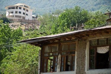 چرا ساختار فرهنگی روستاها دگرگون شده است؟
