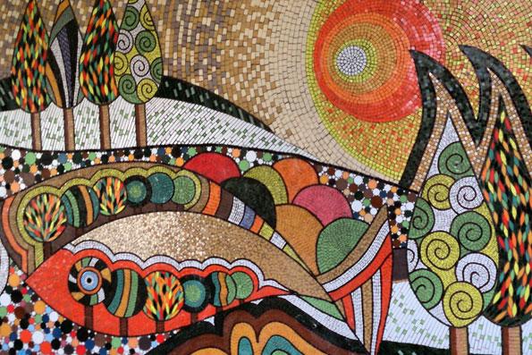 طرح کاشی شکسته روی دیوار 44 هزار متر نقاشی بر دیوارهای پایتخت نقش میبندد ...