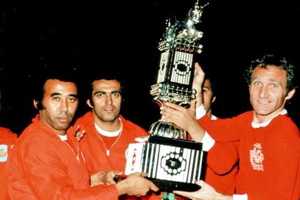 IMG22515586 - پرسپولیس بهترین تیم تاریخ، سپاهان برترین تیم لیگ/ یک آبی در صدر