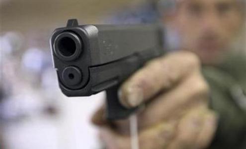 تیراندازی در مراسم تشییع سبب زخمی شدن یک نفر شد