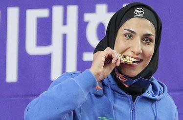 اولین مدال بانوان ایران به دست آمد/ مدال برنز بر گردن عباسعلی