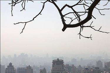 هوای تهران «ناسالم برای گروه های حساس»
