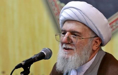 قرآن توصیه به زندگی عاری ازخشونت میکند/ ویژگی های مفسر متون دینی